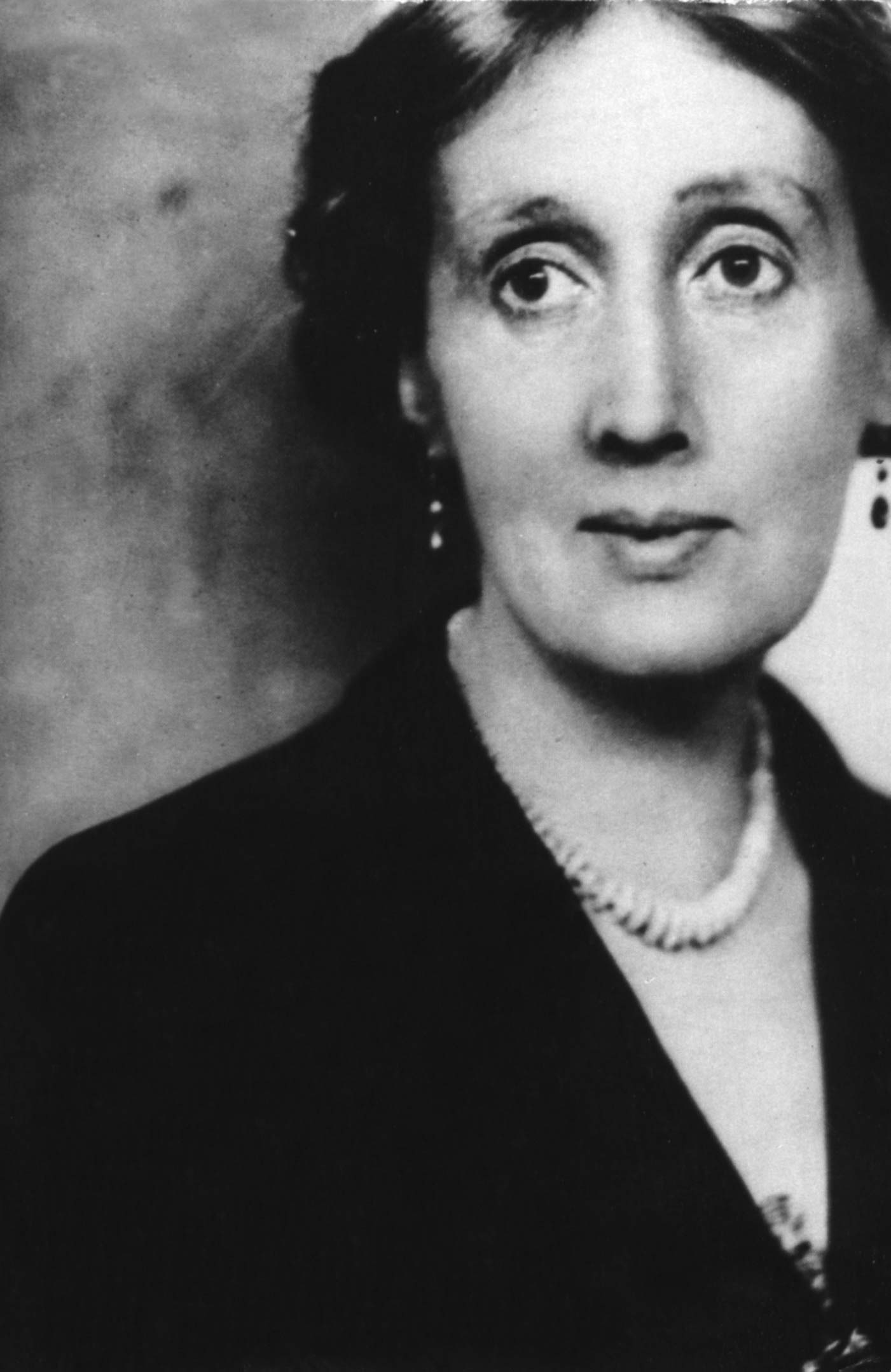 virginia woolf essay on biography