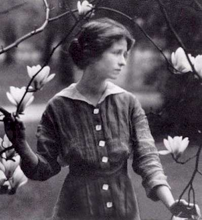 Edna St. Vincent Millay - young