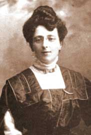 L.M. Montgomery in her 30s