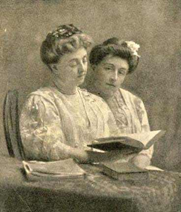 Kate douglas wiggin and her sister Nora