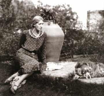 Virginia Woolf and Pinka