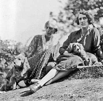 Virginia Woolf and Pinka_ Vita Sackville-West & Pippen1933