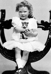 margaret mitchell as a young girl with kitten
