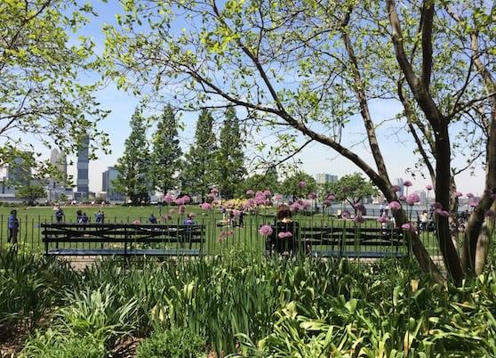 poets house NYC adjacent park