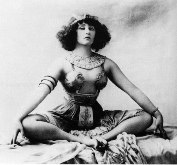 Colette - 1907, in her dance hall days