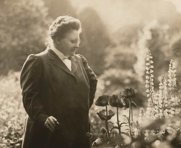Amy Lowell in a garden