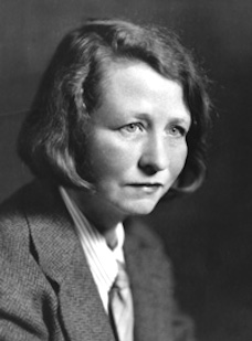 Edna St. Vincent Millay in suit and tie3