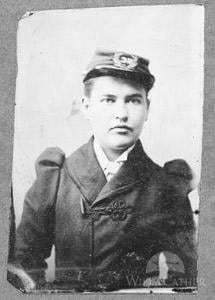 Willa Cather in confederate cap