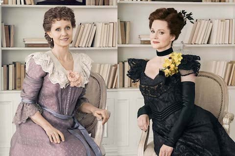 Cynthia Nixon and Laura Liinney alternate in the role of Regina in the 2017 revival of The LIttle Foxes