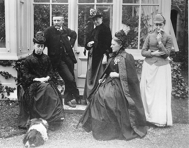 Beatrix and her mother with relations and friends