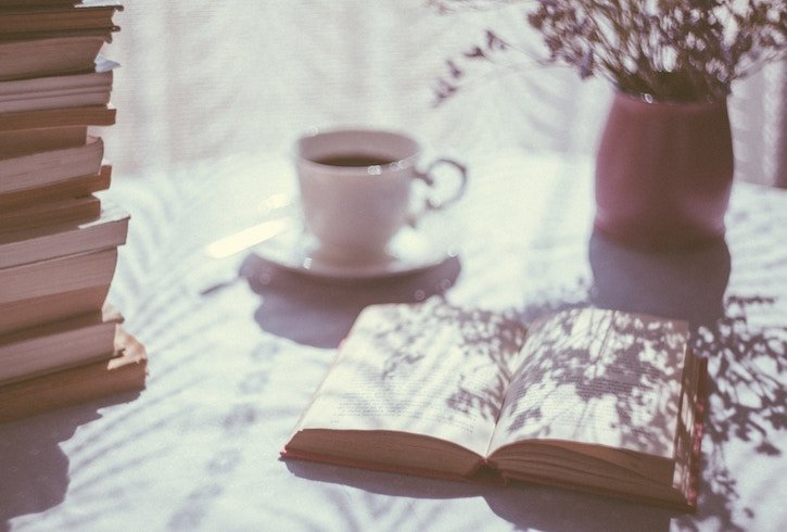 Books and teacup - photo by freestocks.org / unsplash