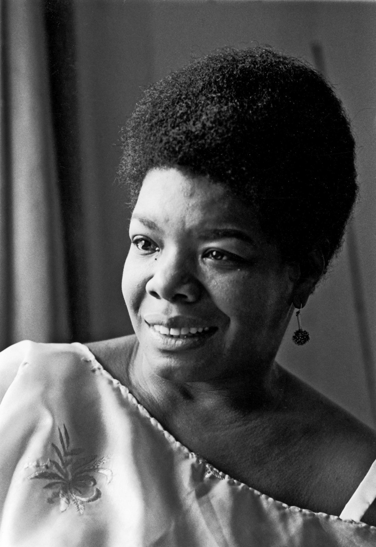 maya a poetic angel Maya angelou poems, quotes, articles, biography, and more read and share maya angelou poem examples and other information about and by writer and famous poet maya angelou the best maya angelou resource with comprehensive poet information, a list of poems, short poems, quotations.