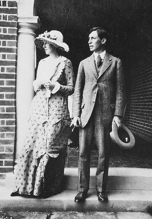 Virginia and Leonard Woolf in 1912