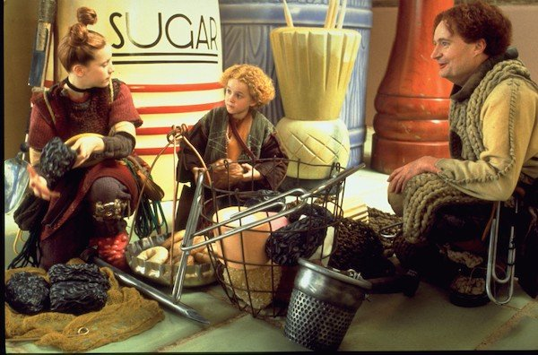 Scene from The Borrowers (1997 film)